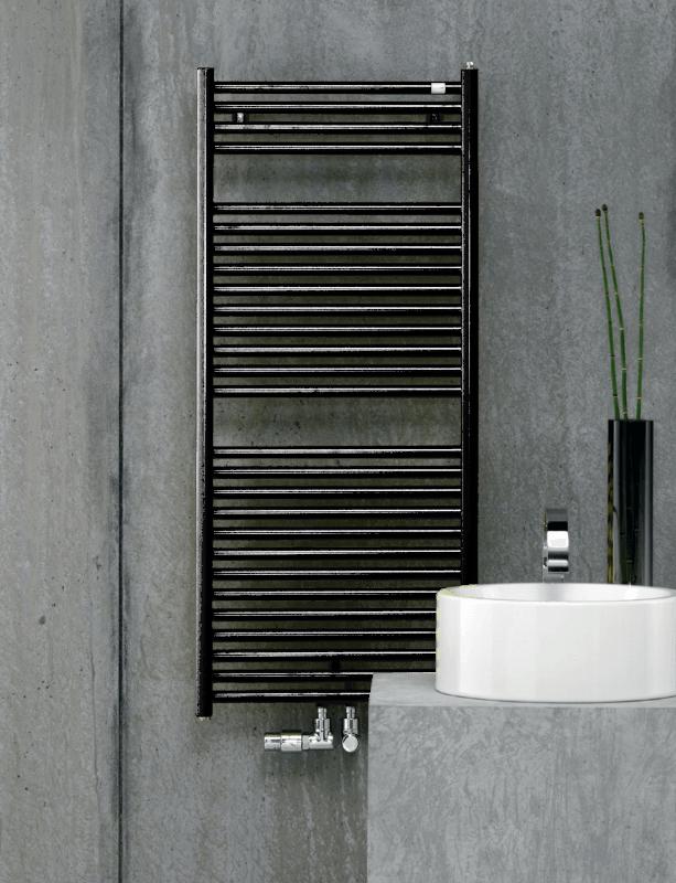 Фотография Дизайнерский полотенцесушитель Zehnder Troja 1