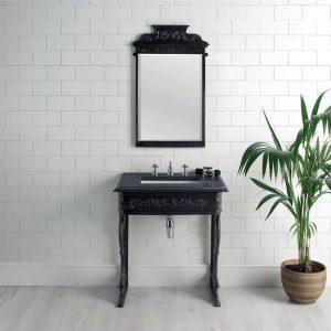 Фотография Мебель для ванной в викторианском стиле